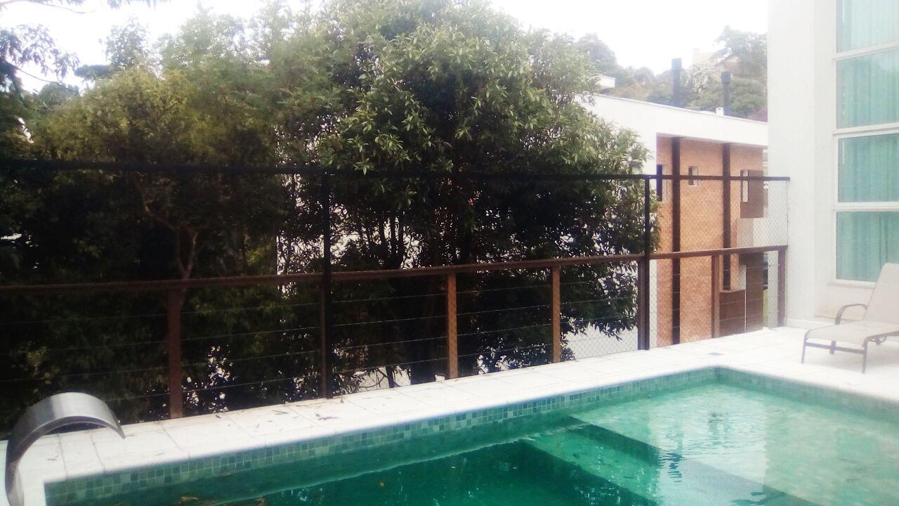 Instalação de rede de proteção em piscina em Curitiba