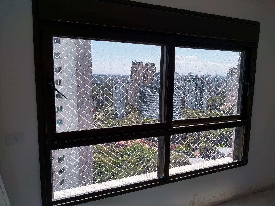 Proteção em apartamento com criança rede de proteção em janela