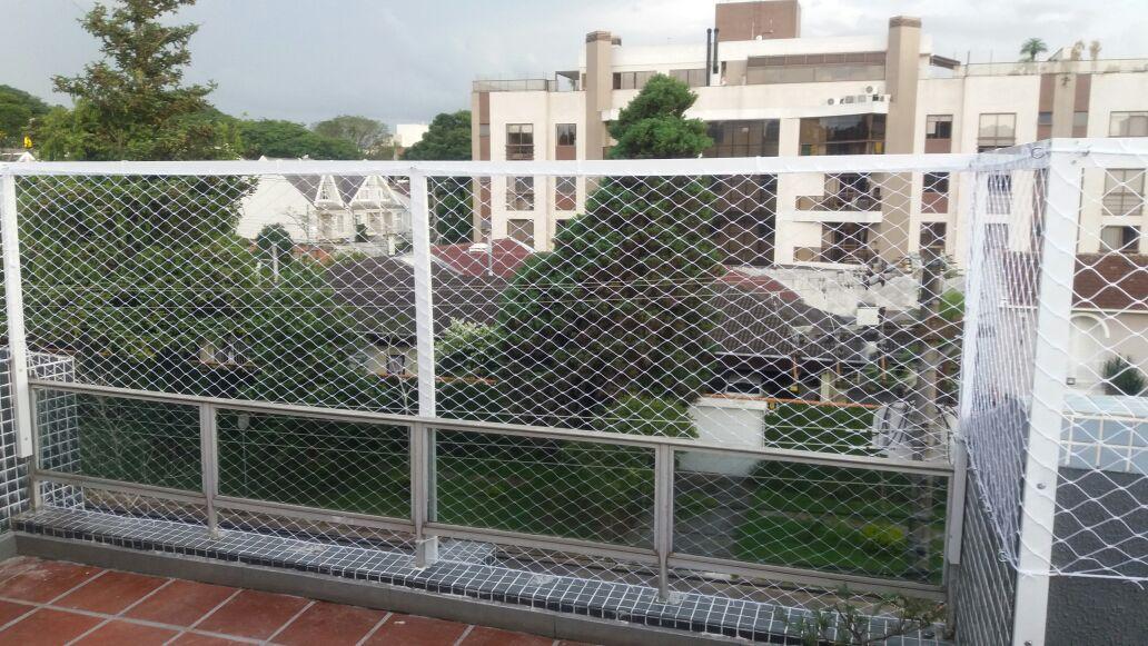 Rede de proteção instalada no Centro Cívico