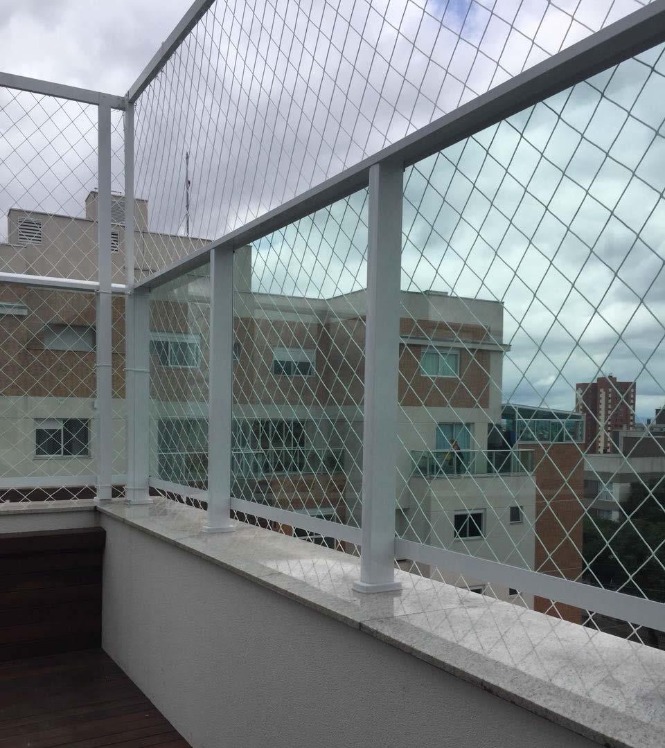 Rede de proteção no CIC em Curitiba